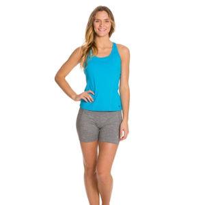 Mountain Hardwear Mighty Activa Shorts size small